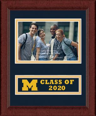 Lasting Memories Class of 2020 Banner Photo Frame in Sierra
